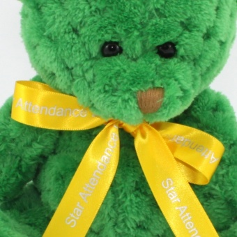 quilted-bear-kelly-green-bow-clup-1024